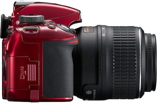 Nikon D3200 + 18-105 VR kit