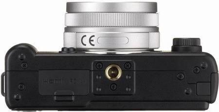 Pentax Q + 8.5 mm kit