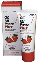 GC Corporation Recaldent Truskawka 35 ml