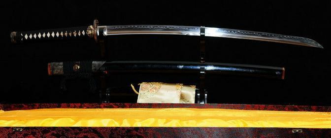 Kuźnia mieczy samurajskich Miecz samurajski katana do treningu, hartowany glinką