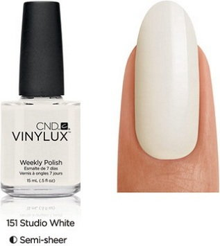 CND VINYLUX lakier 7-dniowy Studio White NR 151
