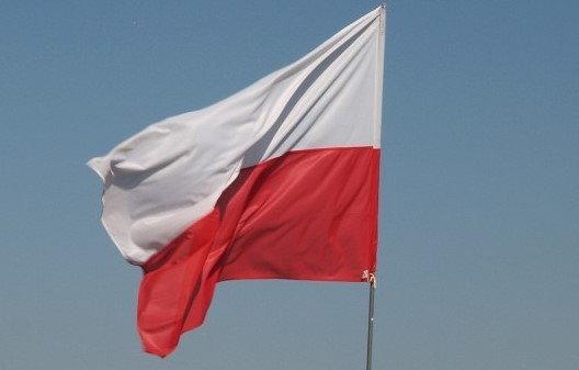 Opinie o PL. Flaga Polski