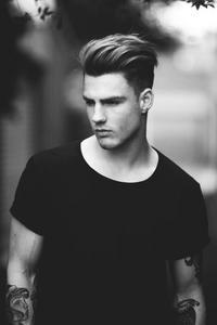Jak Układać Te Włosy Długi Zaczes Męskie Zapytajonetpl