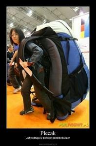 bdb9b79f5f94a Kiedyś to szło się do gimnazjum    ale wracając do pytania to duzy plecak  do którego włożysz komputer itd.  )