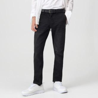 Sinsay - Spodnie jeansowe chino z paskiem - Czarny