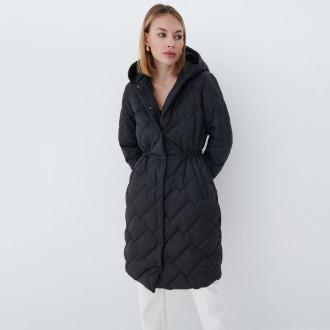 Mohito - Pikowany płaszcz Eco Aware - Czarny