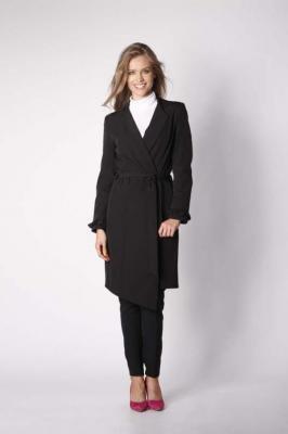 Czarny Elegancki Płaszcz z Falbanką na Rękawie