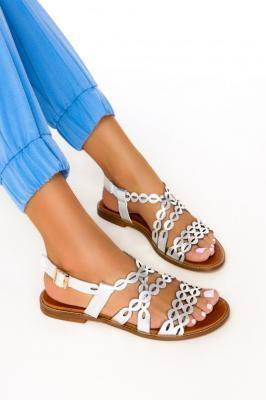 Srebrne sandały ażurowe płaskie paski na krzyż polska skóra Casu 3022-0