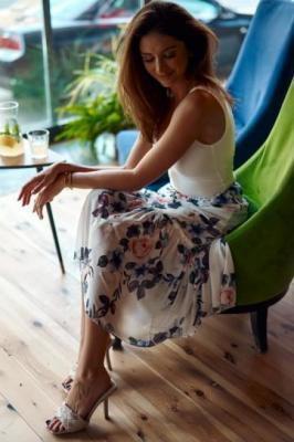 Szyfonowa spódnica w kwiaty kremowo-fioletowa 010220