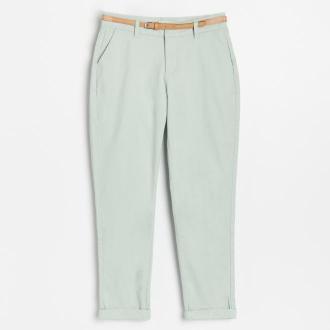 Reserved - Spodnie Chino z paskiem - Zielony