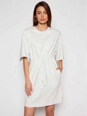 New Balance Sukienka dzianinowa Ath NBWD11501 Szary Regular Fit