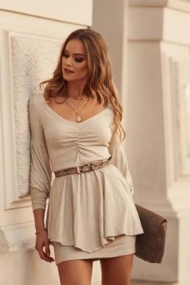 Sukienka z baskinką długi rękaw beżowa 0500