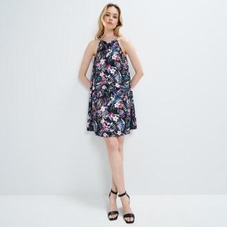 Mohito - Trapezowa sukienka Eco Aware - Czarny