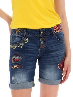 Spodenki jeansowe z haftami Desigual EXOTIC