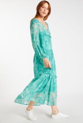 Rozkloszowana długa sukienka