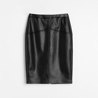Reserved - Ołówkowa spódnica z imitacji skóry - Czarny