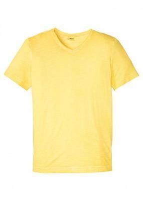 """T-shirt z efektem wytarcia bonprix żółty ananasowy """"used"""""""