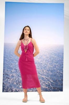 Szydełkowa sukienka na ramiączkach