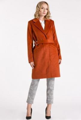 Wełniany płaszcz z aplikacją