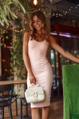 Ołówkowa sukienka midi pudrowa FG588