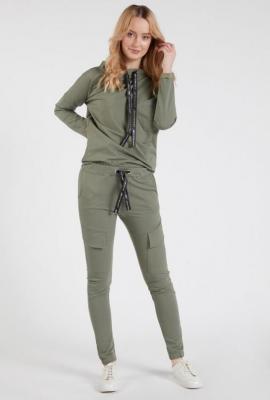 Dresowe spodnie typu bojówki