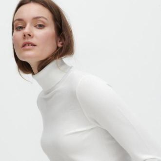Reserved - Dopasowany sweter z golfem - Kremowy