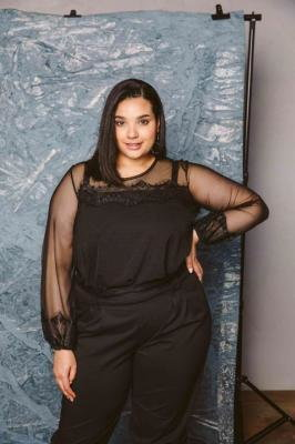 JUPITER BLACK czarna elegancka bluzka plus size : size - 60/62