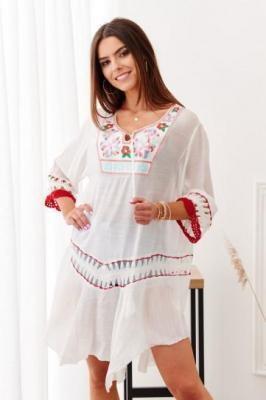 Kremowa sukienka plażowa 004