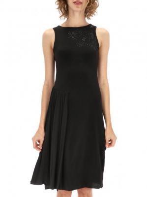 Wieczorowa sukienka z cekinową aplikacją i plisami Desigual SUU KYI
