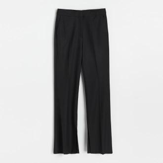 Reserved - Spodnie z rozszerzaną nogawką - Czarny