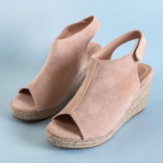 Beżowe damskie sandały eko-zamszowe na koturnie Irenea - Obuwie