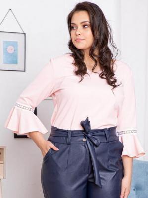 Bluzka elegancka plus size rękaw flamenco JUDYTA pudrowy róż