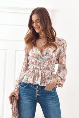 Letnia bluzka z długim rękawem floral print jasnoniebieska 03497
