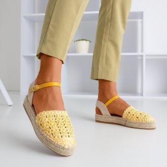 Żółte damskie espadryle z ażurową cholewką Triumf - Obuwie