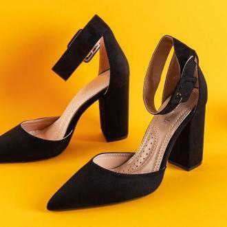 Damskie czółenka na słupku w kolorze czarnym Adiess - Obuwie
