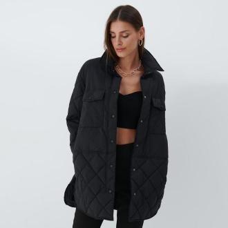 Mohito - Pikowana kurtka oversize - Czarny