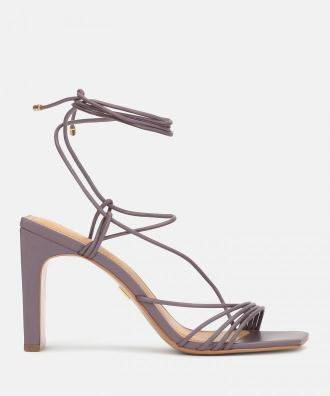 Śliwkowe sandały damskie