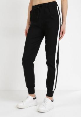 Czarne Spodnie Joggery Cahrtora