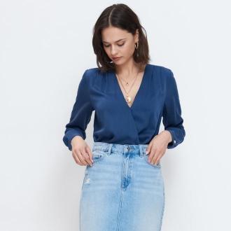 Mohito - Bluzka z kopertowym dekoltem - Niebieski