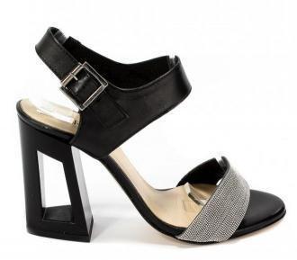 Sandały Carinii B4312/O-E50-000-000-C07 Czarny