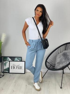 Niebieskie Jeansowe Spodnie o Luźnym Kroju 6278-504-B