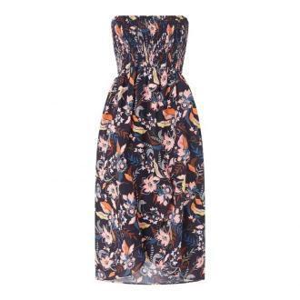 Sukienka plażowa z kwiatowym wzorem