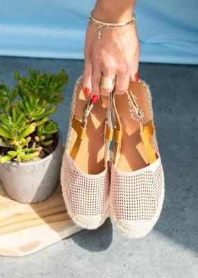 Różowe sandały espadryle ażurowe