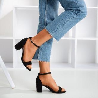 Czarne sandały damskie na niskim słupku Puddin - Obuwie