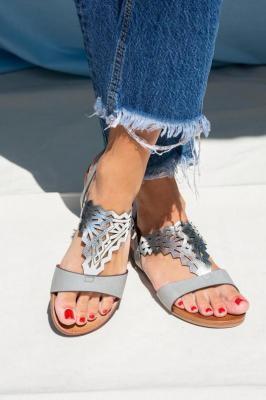Szare sandały ażurowe błyszczące płaskie