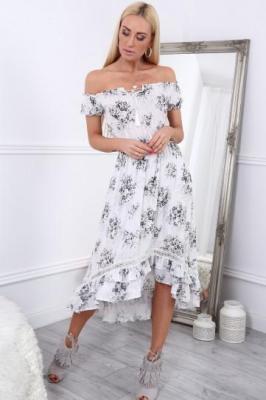 Sukienka w kwiaty z odkrytymi ramionami kremowa ZZ274