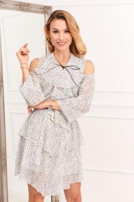 Zwiewna sukienka z wycięciami na ramionach kremowa 0486