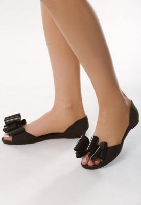 Czarne Sandały Sulking