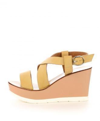 Beżowe skórzane sandały VISERBA
