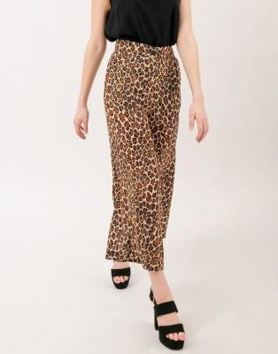 Spodnie culotte w panterkę Bialcon